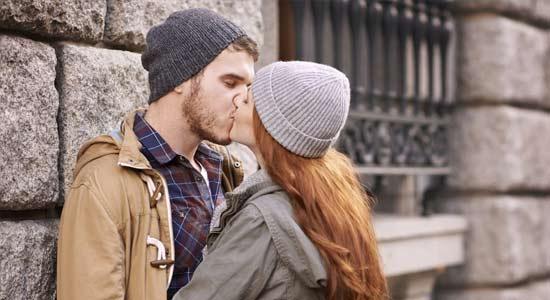 technique pour embrasser avec la langue