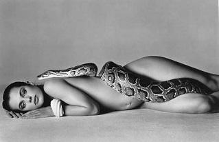femme fatale serpent