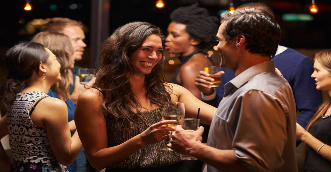 Comment flirter efficacement ? Voici les conseils de la science !